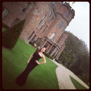 boudoir photographer, basque house, castle, scotland, traveling boudoir photographer, stacie frazier