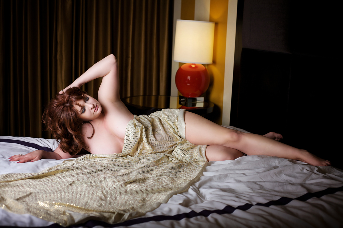 Beautiful pose with fabric for boudoir session in Vegas with Haute Shots.
