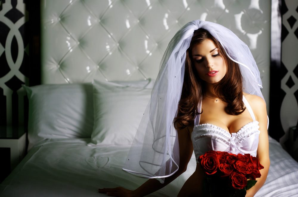 A beautiful bride in her boudoir shoot with Haute Shots in Vegas.