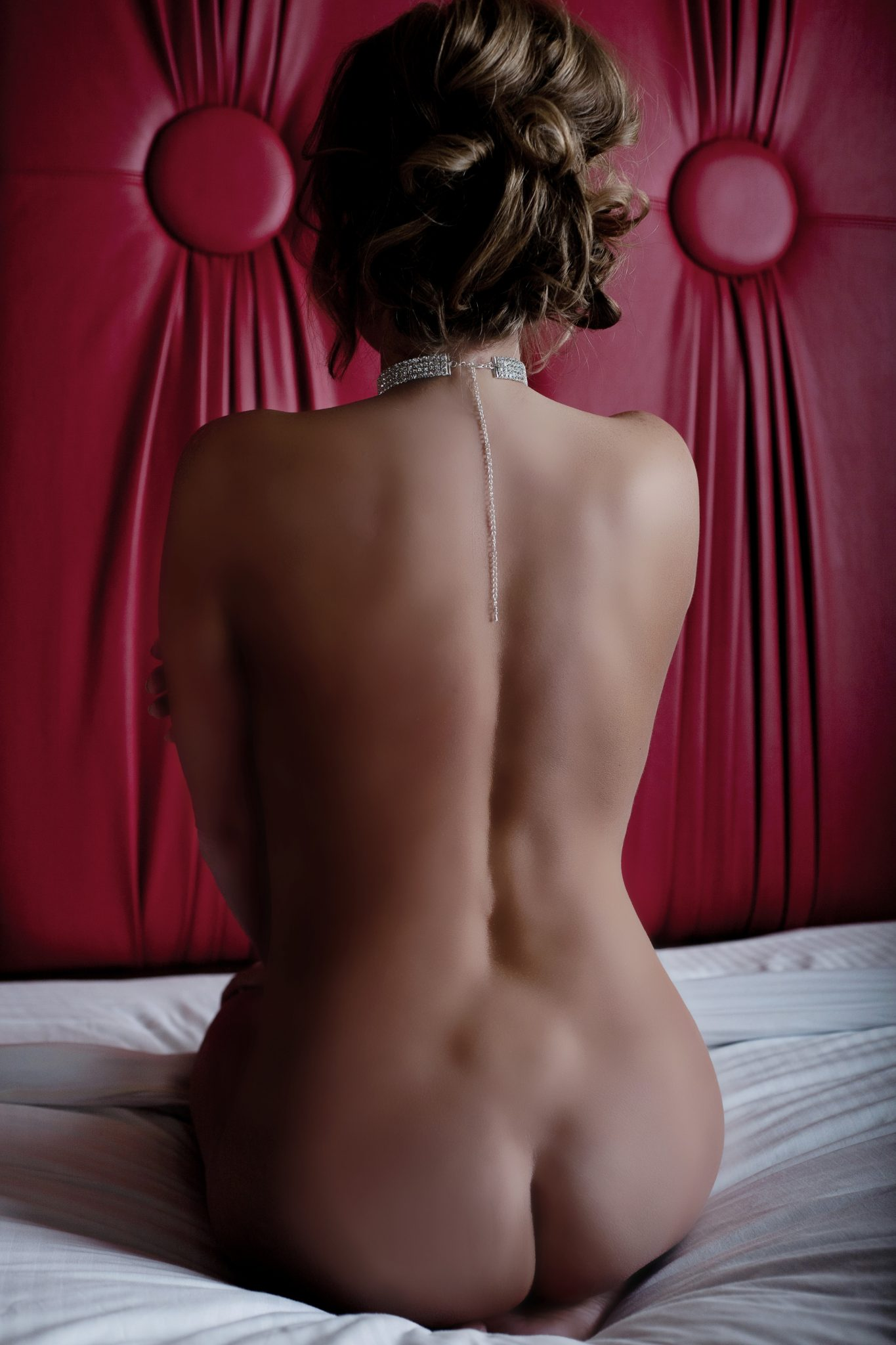 Fine art nude boudoir in Las Vegas, NV by Haute Shots.