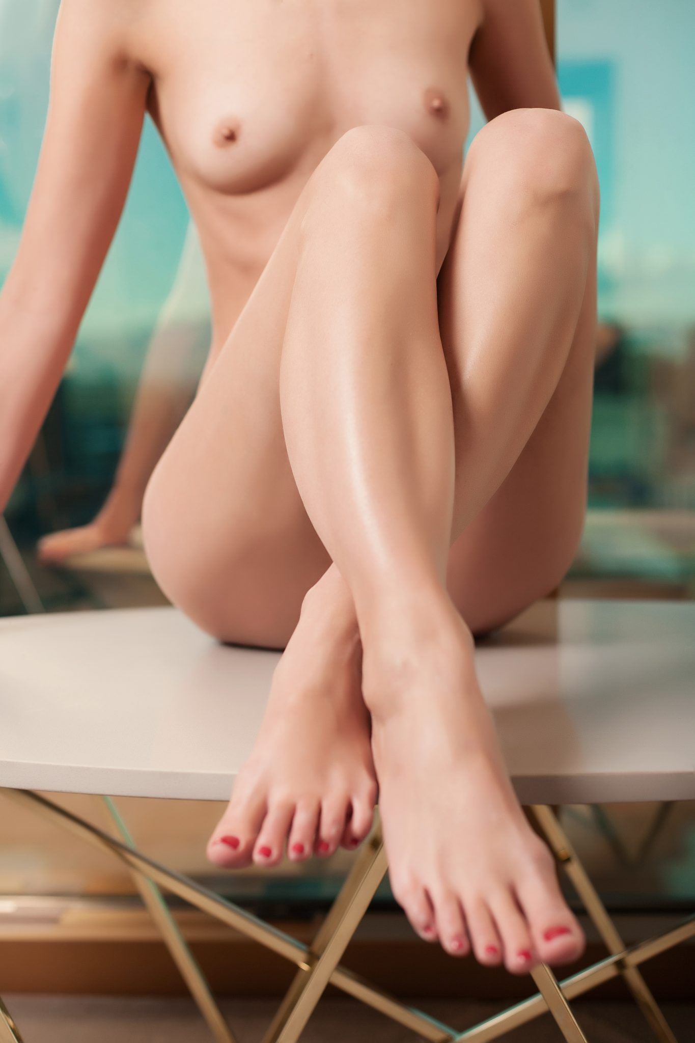 Highlight your cute toes with this nude pose by Haute Shots iBoudoir in Las Vegas.